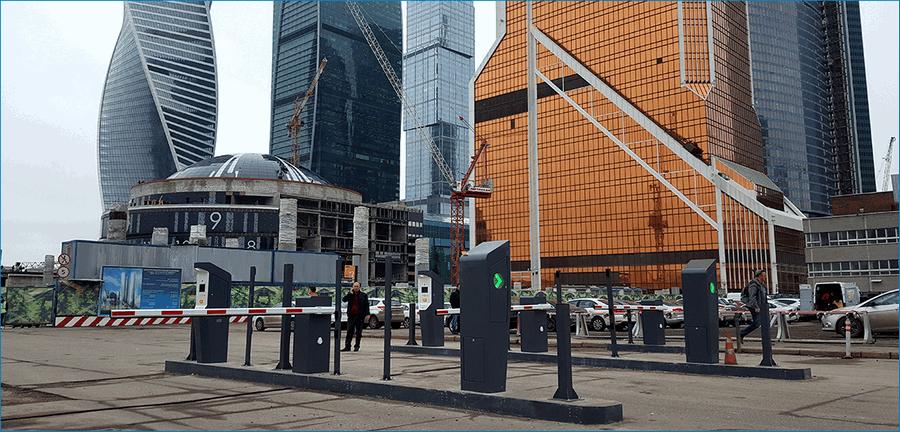 Назменая парковка Москва Сити